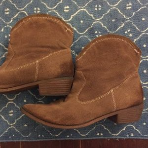 Mossimo Supply Co. Cowgirl Booties